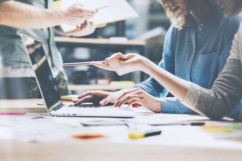 Πως να κάνεις το δικό σου start up μέσω του blogging
